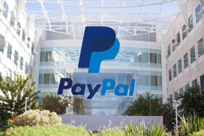 PayPal compra GoPay