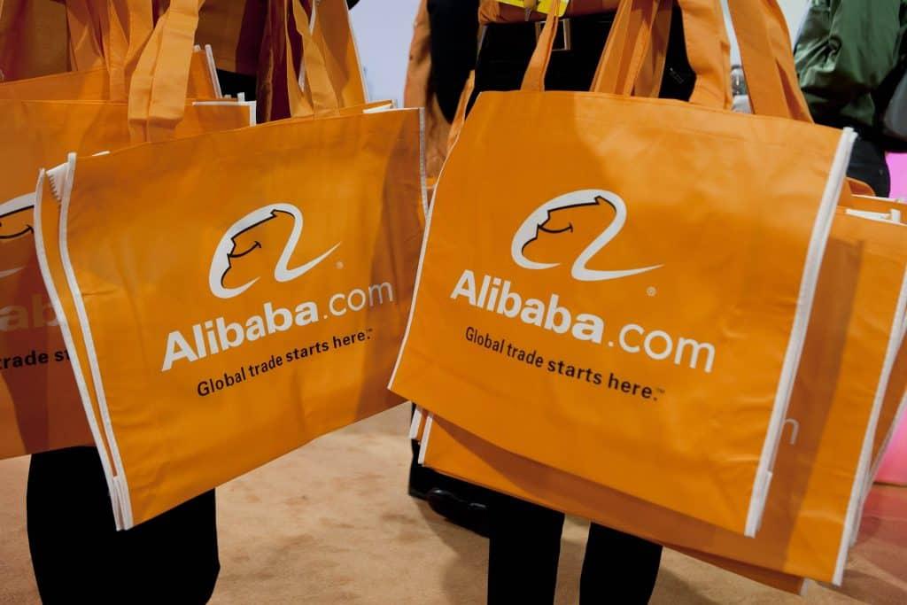 Alibaba vai desenvolver caminhões autônomos